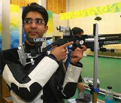 Maken formally launches Abhinav Bindra`s biography
