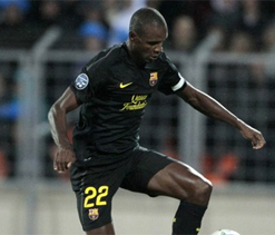 Muscle injury for Barca`s Abidal