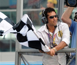 Waving chequered flag a memorable experience: Tendulkar
