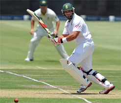 Jacques Kallis becomes fourth highest Test run scorer