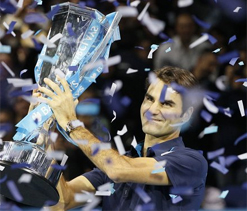 Federer beats Tsonga to win 6th ATP finals title