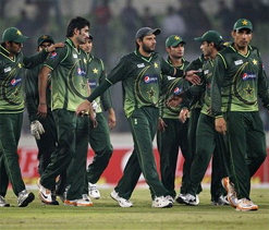 Pakistan prevail in a low scoring affair against Bangladesh