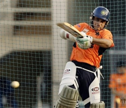 Ganguly retained as captain despite Tiwary`s availability