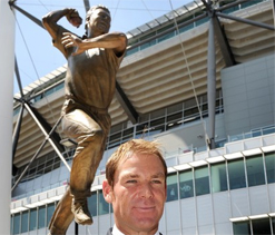 Warne immortalised in 300kg of bronze at MCG