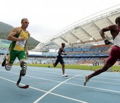 Oscar Pistorius reaches world 400 semis