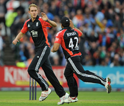 Broad lauds bowlers for showing character in T20 win over India