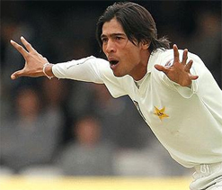 PCB in dark on Amir`s