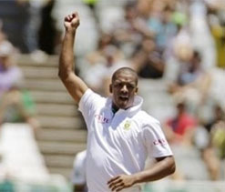 Vernon Philander earns new contract with Cricket South Africa