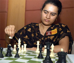 Humpy holds Laznicka; Sasikiran, Negi also play draw games