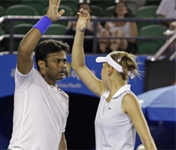 Australian Open: Paes-Vesnina lose in mixed doubles final