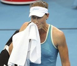 Pressure telling on Stosur, says Schiavone