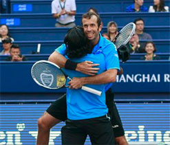 Paes-Stepanek defeat Bhupathi-Bopanna to win doubles title at Shanghai Masters