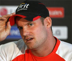 England failing to 'reintegrate' Pietersen can damage team going forward: Strauss
