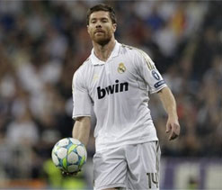 Xabi Alonso surprised by Real Madrid`s left back crisis
