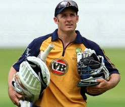 Hussey endorses Cricket Australia's decision to send Watson home early