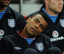 Ashley Cole fined for abusing FA on Twitter