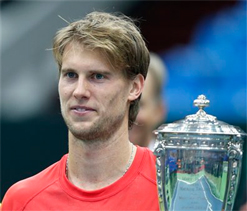 Seppi beats Bellucci to win Kremlin Cup