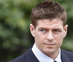 Daniel Craig tips Liverpool ace Steven Gerrard as next 007