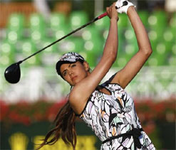 Nightmarish start for Sharmila in French tourney
