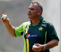 Dav Whatmore advised rest by physician