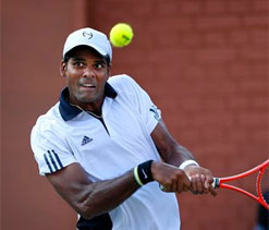 Sanam, Vishnu one match away from main draw