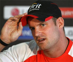 Strauss advises England to be 'ruthless' against India