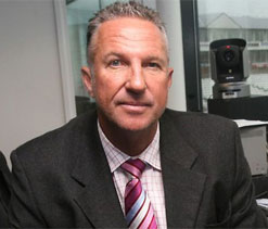 Batsmen need to give 'special' performance to beat India at home: Botham