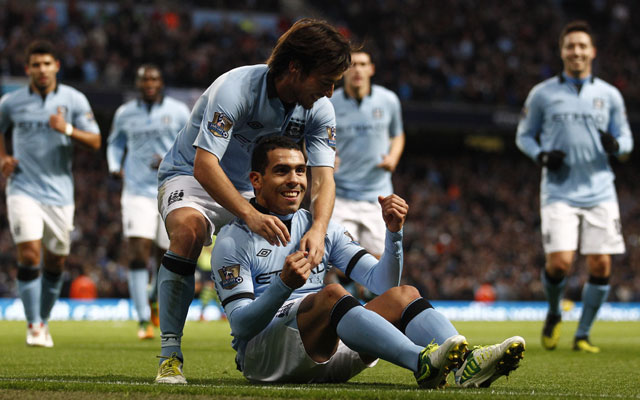 Manchester City go top with 5-0 victory over Aston Villa