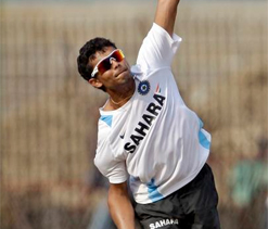 Saurashtra eyeing outright win on last day against Hyderabad