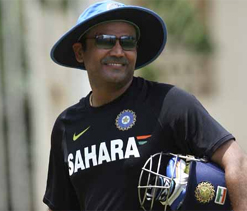 Kapil, Vengsarkar want Viru to slam a ton in 100th Test