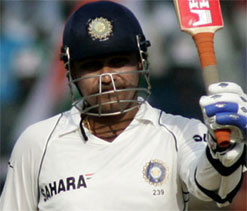 Sehwag`s mindset is totally different, says Dhoni
