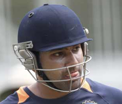 Ranji Trophy 2012-13: Hiken, Rohit hit tons to power Mumbai to 325/2