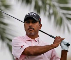 Jeev shoots 68 for 21st, McIlroy wins title