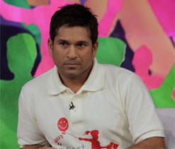 Sachin should speak to selectors about future: Kapil