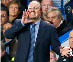 Chelsea 0-0 Fulham: Dire draw piles pressure on Benitez