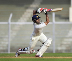 Tiwary, Sharma eye Test spots playing in Ranji Trophy