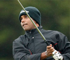 Chowrasia, Lahiri improve on rain-hit second day in Singapore
