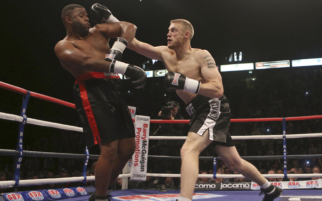 Andrew Flintoff wins debut boxing match