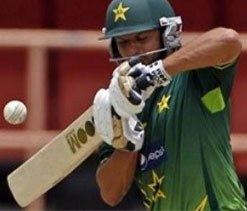 Afridi dropped from Pakistan's 'young' ODI squad for India series