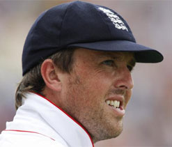 Not strange for home team to ask for helpful wicket: Swann