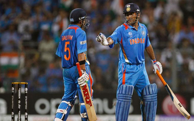 Under-fire Dhoni lodges complaint with BCCI against Gambhir
