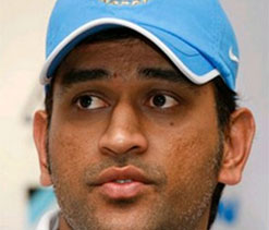 Livid Dhoni holds batsmen, pacers responsible for series loss