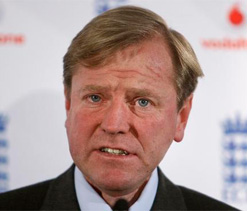 Disappointing that DRS wasn`t used in India Tests: Eng MD