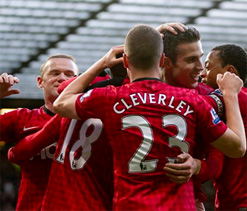 Swansea 1-1 Manchester United: Michu pounces to deny leaders a sixth straight win