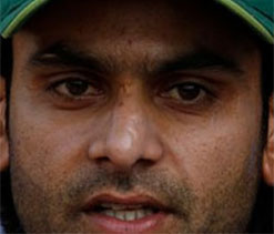 Yuvi-Dhoni partnership became turning point: Hafeez
