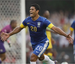 Hulk vows to fight for place in Brazilian national team