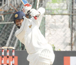 Jaffer`s ton put Mumbai`s one foot in Ranji quarters
