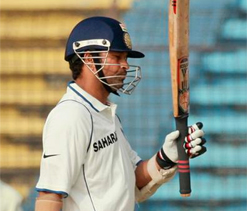 Ganguly praises Tendulkar for gutsy knock