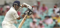 Tendulkar returns to form but India in trouble at 273/7