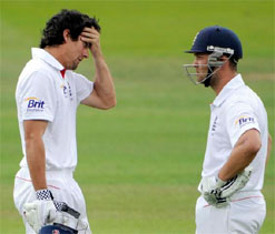 I share a good rapport with Cook on the field: Trott